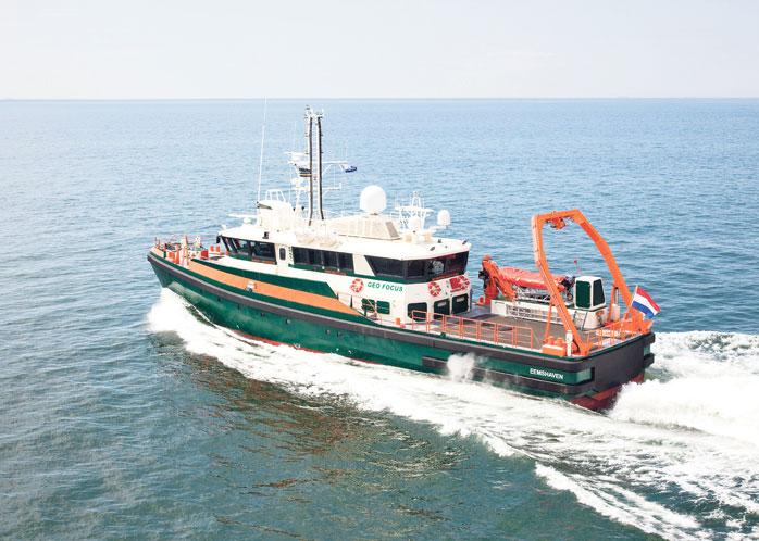 Onderzoeksvaartuig op zee