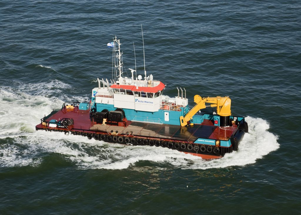Schip de Coastal Challenger op zee