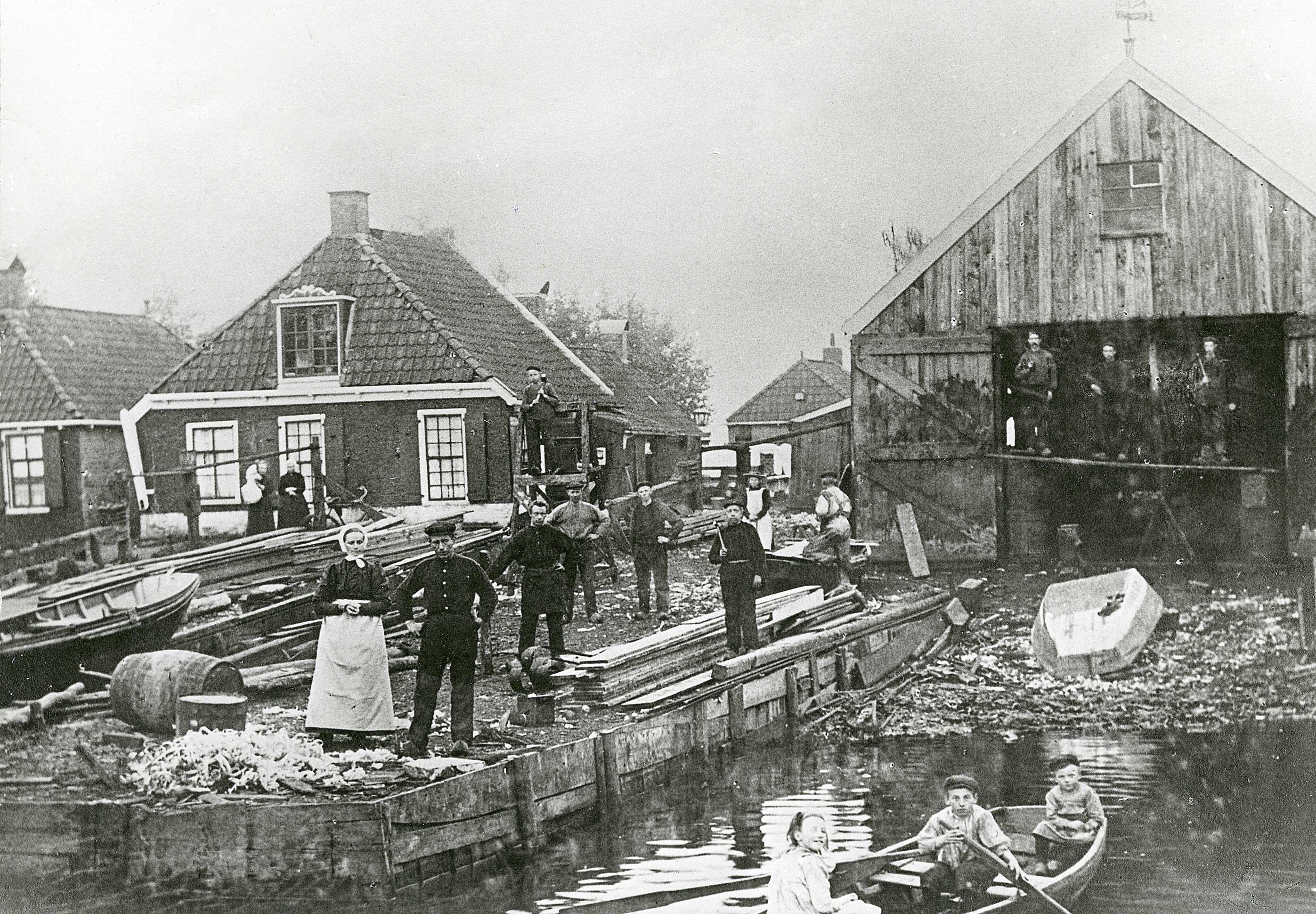 Gerben Bijlsma op de scheepswerf in 1903